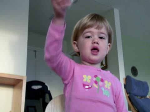 hyperaktive kind - kürzer als 10 sekunden stock-videos und b-roll-filmmaterial
