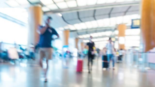 vídeos y material grabado en eventos de stock de hyperlapse 4k: aeropuerto de singapur. - pasaporte y visa