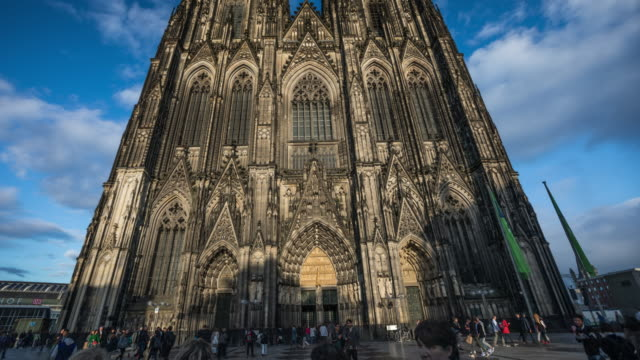 Hyperlapse of Cologne Catherdral in Germany -  4K Cityscapes, Landscapes & Establishers