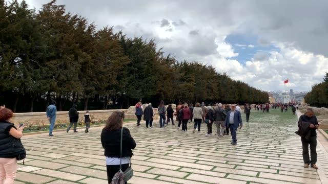 hyperlapse-aufnahme von anatkabir, atatürks mausoleum - ankara türkei stock-videos und b-roll-filmmaterial