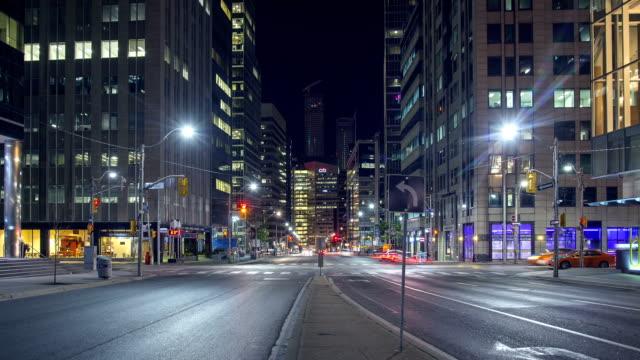 hyperlapse замедленная съемка торонто (university avenue) - онтарио канада стоковые видео и кадры b-roll