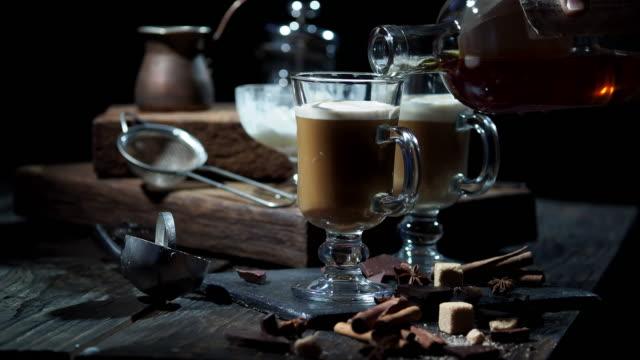 dondurma kahve - kokteyl i̇çki stok videoları ve detay görüntü çekimi