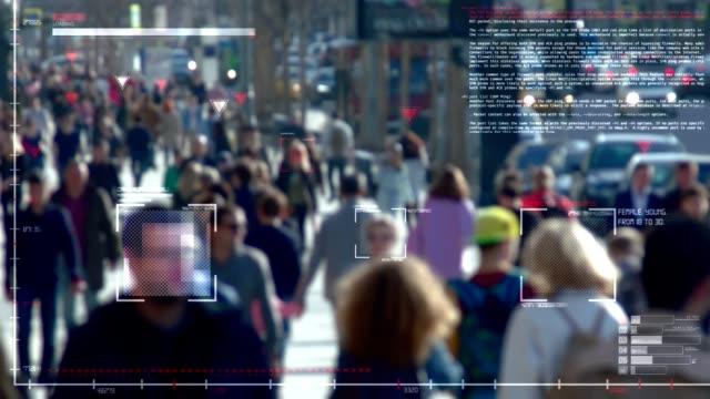 выявление и отслеживание личности в толпе - идентификация личности стоковые видео и кадры b-roll