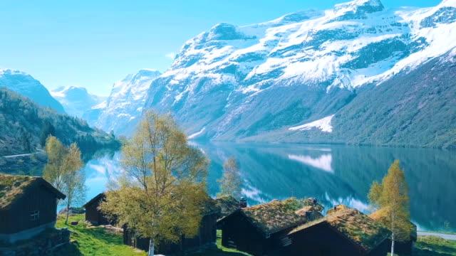 vídeos de stock e filmes b-roll de idyllic nature of norway - noruega