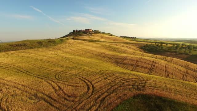 AERIAL Idyllic villa in Tuscan countryside video