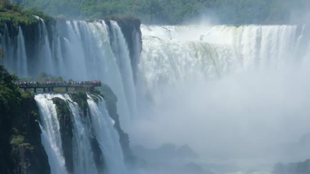 イグアス滝ガルガンダ ・ デル ・ ディアブロ - 国立公園点の映像素材/bロール
