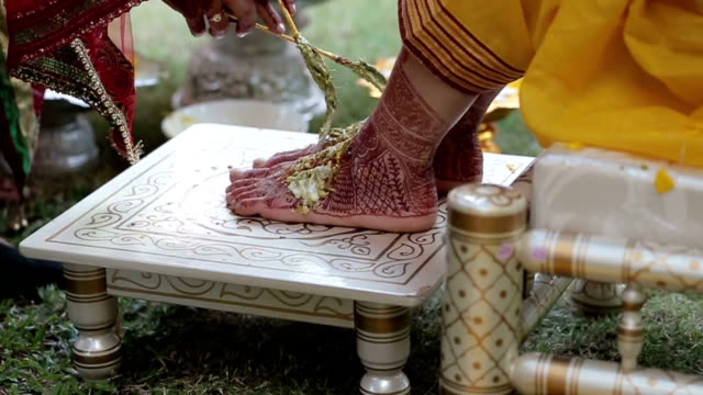 vídeos y material grabado en eventos de stock de rituales de boda hindú iindio - hinduismo