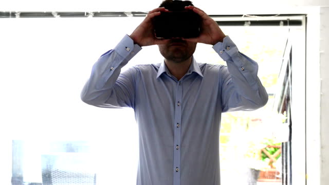 Immersive virtual reality experience with VR glasses video