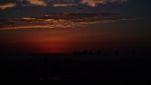 東京新宿のタイムラプス - 朝日点の映像素材/bロール