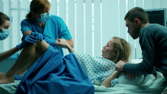 Women Giving Birth In Hospital Video - #traffic-club