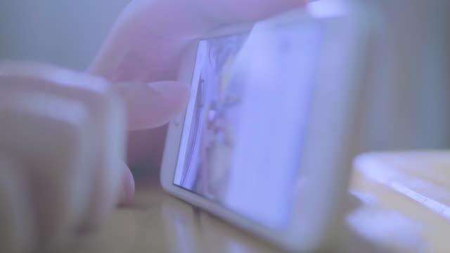 Index finger using smartphone video