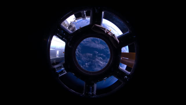 Indian Ocean to Pacific Ocean Through the Cupola video