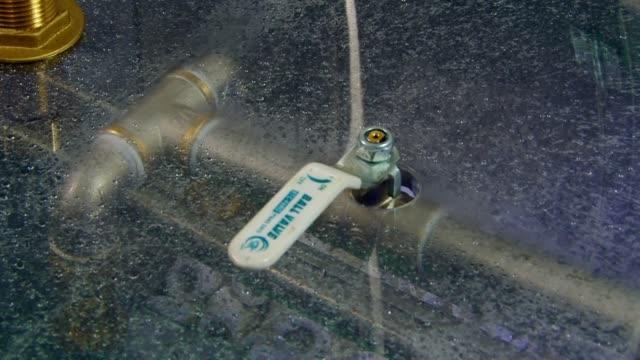 Industriële apparatuur hydrofilter van luchtzuivering van rook, geuren. video