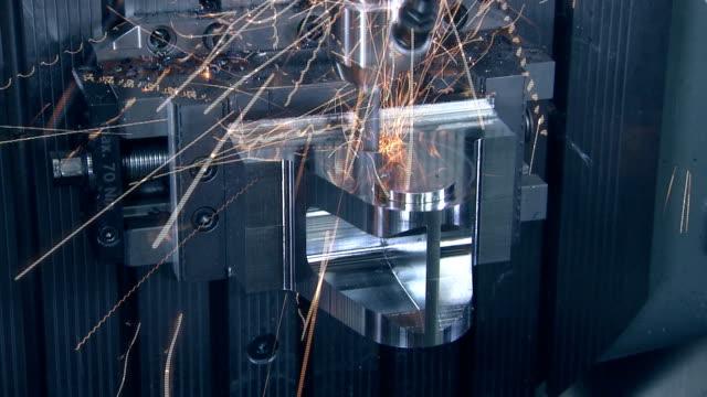 industrial machining - cnc maskin bildbanksvideor och videomaterial från bakom kulisserna