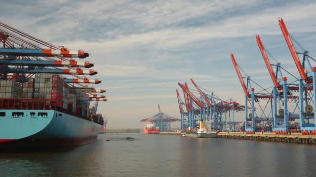 ハンブルクの工業港 ビデオ