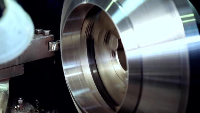vídeos de stock e filmes b-roll de industrial production of metal products - produto de carne