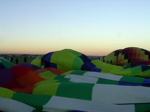 Inflating a Ballon video