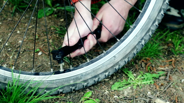 HD: Inflating Bicycle Tire video