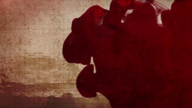 stockvideo's en b-roll-footage met ink or blood cloud on paper grunge background - bloed