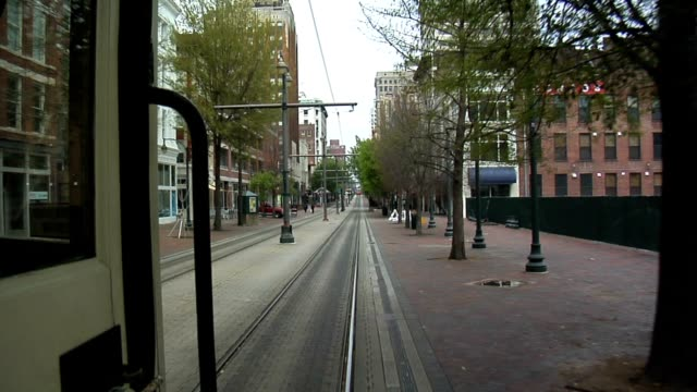 Inner city trolley ride - Memphis video