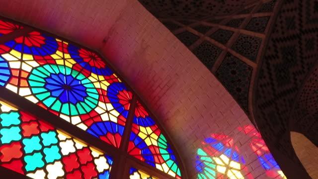 内側ナシル アル ・ ムルク モスク (ピンク ・ モスク) - モスク点の映像素材/bロール