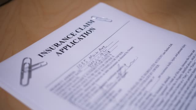 försäkring anspråk ansökan nekas - insurance bildbanksvideor och videomaterial från bakom kulisserna
