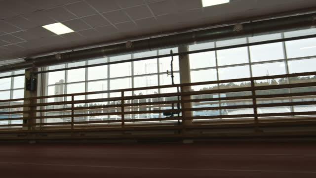 vídeos de stock, filmes e b-roll de interior do estádio indoor - campeonato esportivo