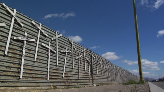 International Border fence victims HD video