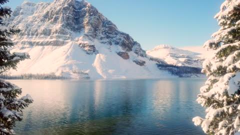 nel lago - mountain video stock e b–roll