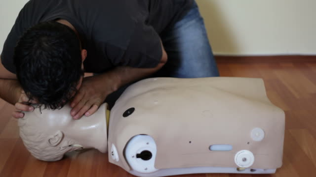 Intubation of a cpr doll video
