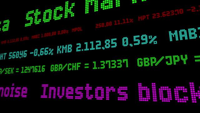 vídeos de stock e filmes b-roll de investors block out all the political noise - nyse crash