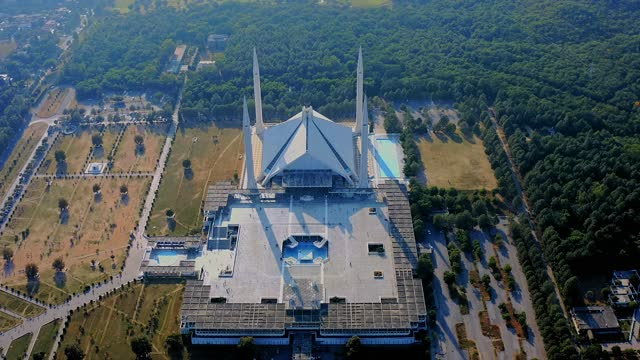 4K Islamabad Videos, Shah Faisal mosque is the masjid in Islamabad, Pakistan. Located on the foothills of Margalla Hills. The largest mosque design of Islamic architecture, Mosque Drone Footage