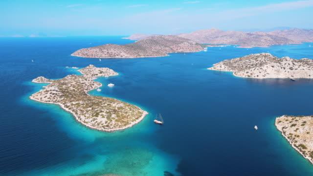 isole del mar mediterraneo - arcipelago video stock e b–roll