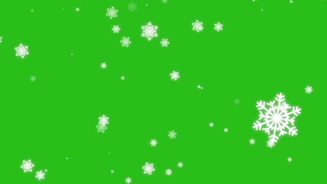 녹색 화면에 고립 된 떨어지는 만화 눈. 4k - 배경 초점 스톡 비디오 및 b-롤 화면