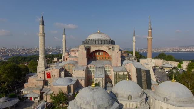 paesaggio di istanbul, basilica di santa sofia, moschea - istanbul video stock e b–roll