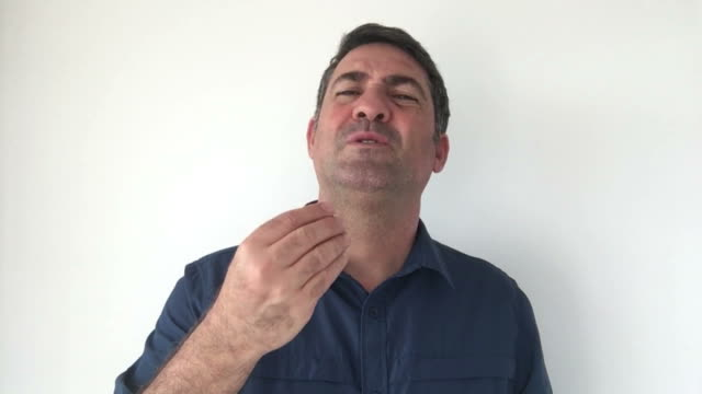 Italian man demonstrate What are you saying sign of Italian hand gestures video