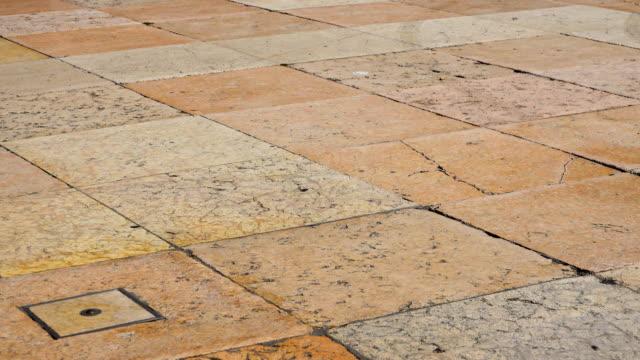 italienischer marmor - sandstein stock-videos und b-roll-filmmaterial