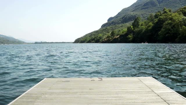 italy mergozzo lake video hd - dalgakıran stok videoları ve detay görüntü çekimi