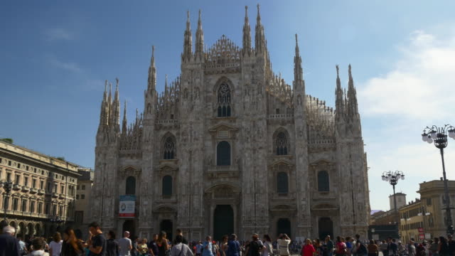 italy summer day milan city famous duomo cathedral square walking panorama 4k video