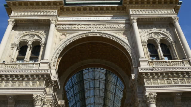 italy victor emmanuel ii gallery front entrance arch panorama 4k milan - church architecture stock videos & royalty-free footage