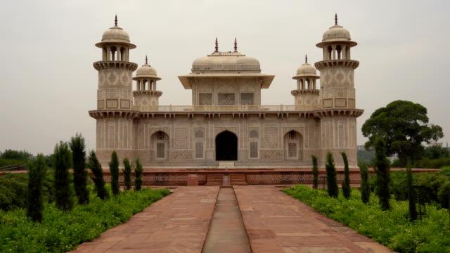 Itmad-ud-Daula, or Baby Taj, Agra, Uttar Pradesh, India