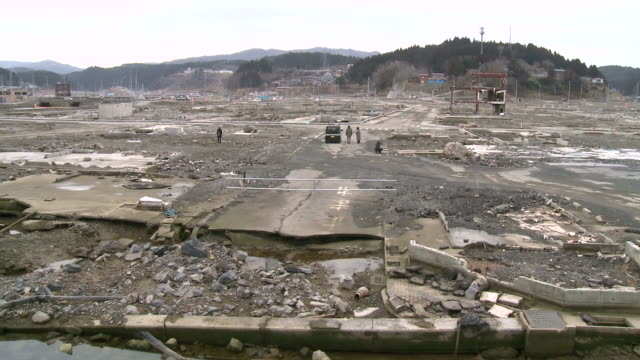 japan tsunami zerstörung - sound wave stock-videos und b-roll-filmmaterial