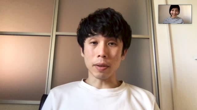 パソコンでのオンラインビデオ会議で一緒に会議をしている日本の男女 - テレビ会議 日本人点の映像素材/bロール