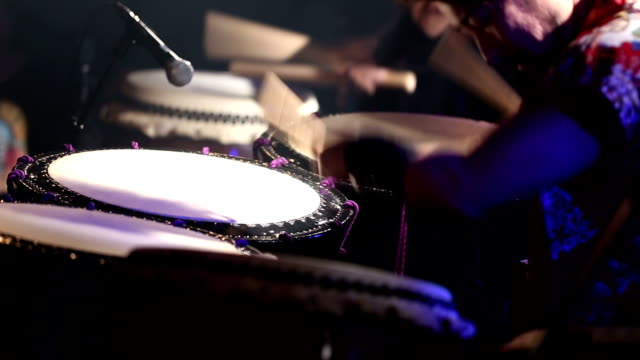 Japanese Taiko Drums Performance - Slow - Neutral Colors video