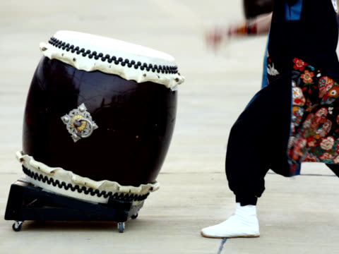 NTSC: Japanese traditional Taiko Drum and drummer (video) video