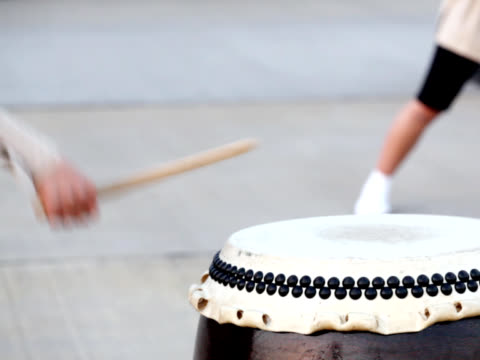 PAL: Japanese traditional Taiko Drum and drummer (double video) video
