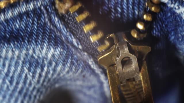 jeans unzipping zip - byxor bildbanksvideor och videomaterial från bakom kulisserna