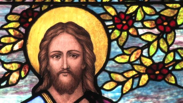 vídeos de stock e filmes b-roll de jesus em vitral -- hd - cristo redentor