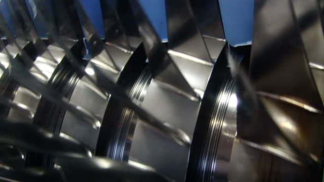 vidéos et rushes de jet moteur turbine coupe ouvert vidéo hd - hélice pièce mécanique
