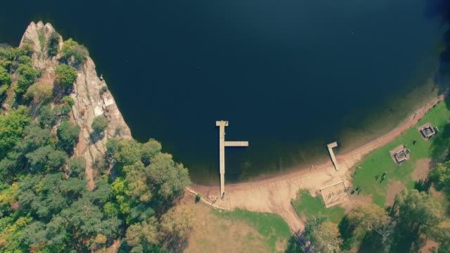 bryggan vid sjön i sverige - bohuslän nature bildbanksvideor och videomaterial från bakom kulisserna